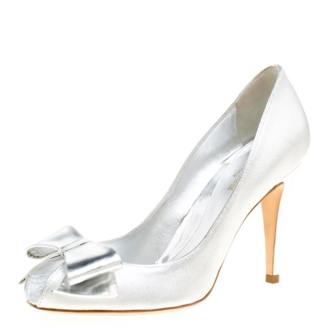 Sergio Rossi Silver Metallic Fabric Bow Detail 37 Pumps Size US 6.5 Regular (M, B) Sergio Rossi Silver Metallic Fabric Bow Detail 37 Pumps Size US 6.5 Regular (M, B) Image 1