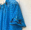 Lexico Fashion Blue L M/L Light Mesh Net Embroider Daisy Crop Blouse Size 12 (L) Lexico Fashion Blue L M/L Light Mesh Net Embroider Daisy Crop Blouse Size 12 (L) Image 4
