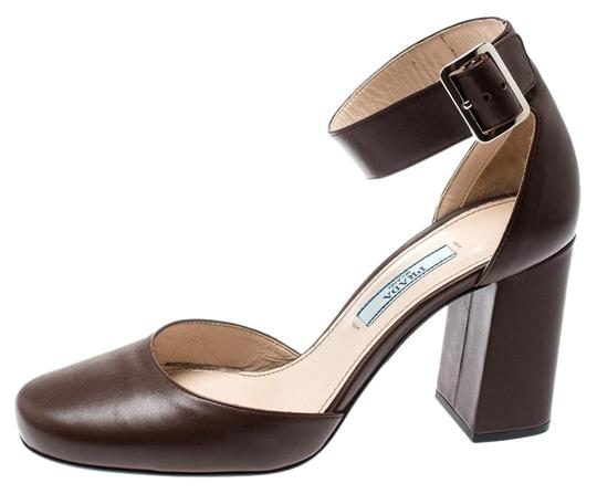 Preload https://img-static.tradesy.com/item/27002307/prada-brown-leather-block-heel-ankle-strap-365-sandals-size-us-6-regular-m-b-0-1-540-540.jpg