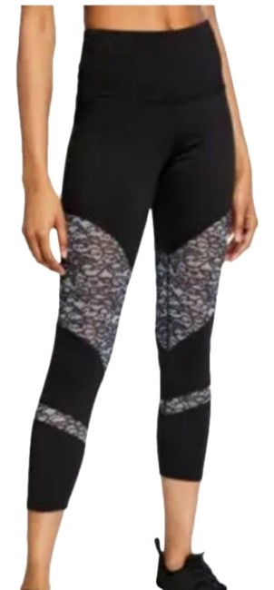 Item - Black and White Ultra High Waist Lace Panel Leggings Size 8 (M, 29, 30)