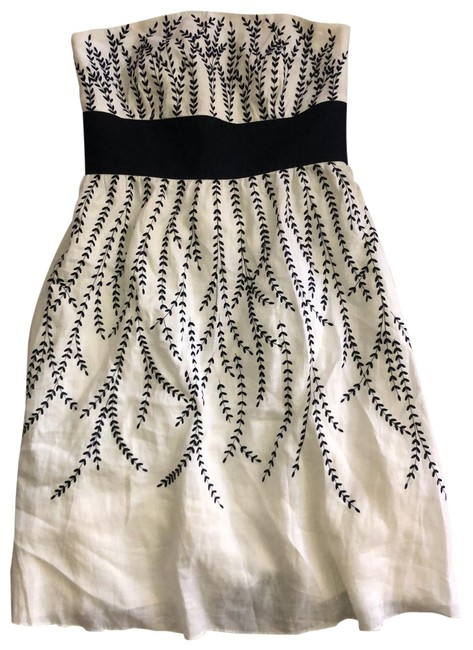 Item - Black and White Linen Strapless Embroidered Mid-length Short Casual Dress Size 8 (M)