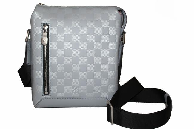 Item - Discovery Bb Grey Damier Infini Leather Messenger Bag