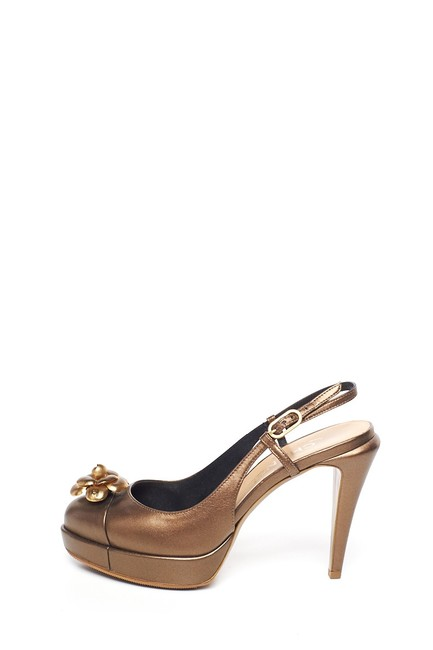 Item - Bronze Camellia Cc Pumps Mules/Slides Size EU 37.5 (Approx. US 7.5) Regular (M, B)