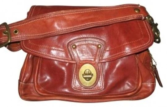 Preload https://item2.tradesy.com/images/coach-messenger-with-brass-buckles-tan-leather-shoulder-bag-27006-0-0.jpg?width=440&height=440