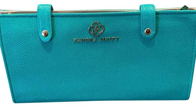 Item - Teal Brand New...it's Ready To Hit The Road Jet Set Large