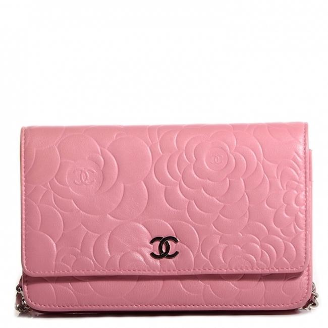 Item - Pink Silver Crossbody Camellia Flower Woc On A Chain Quilted Lambskin Cc Flap Bag Wallet