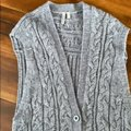 Caslon Gray Wool Cable Knit Sweater Vest Size 8 (M) Caslon Gray Wool Cable Knit Sweater Vest Size 8 (M) Image 5