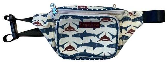 Item - Fanny Pack Multicolor Canvas Clutch