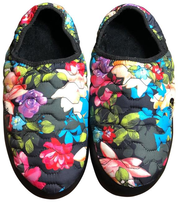 Item - Black/Blue/Green/Red/Yellow With Bright Floral Print Quilted Flats/Slippers Flats Size US 11 Regular (M, B)