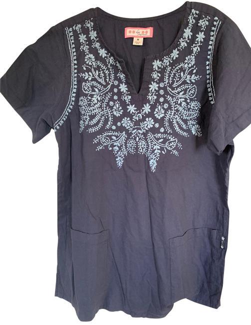 Item - Blue Embroidery Blouse Size 10 (M)