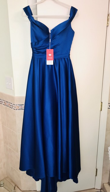 Item - Royal Blue Satin Off-shoulder A-line Sweep Train with 2 Pockets Formal Bridesmaid/Mob Dress Size 6 (S)