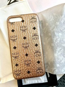 MCM MCM Rose Gold Coated Canvas Iphone 8 Plus Cell Phone Case