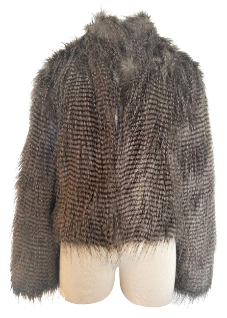 Item - Ostrich Faux Fur Pattern Inspired Jacket Size 6 (S)