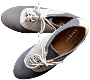 Bamboo Oxfords Laces grey and beige Flats