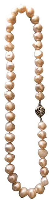 Item - Pearl Natural Necklace