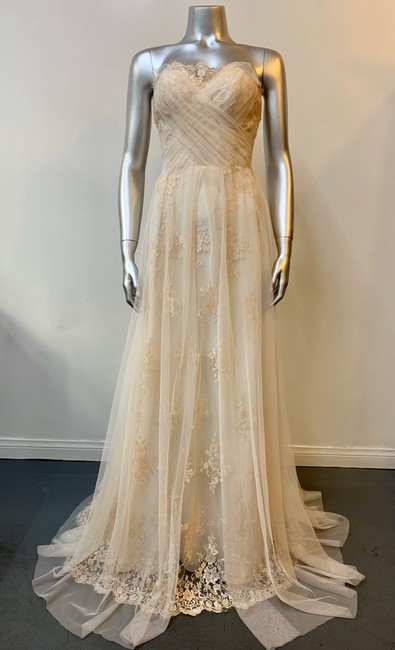 Item - Champagne French Lace English Tulle Valentina Modern Wedding Dress Size 6 (S)