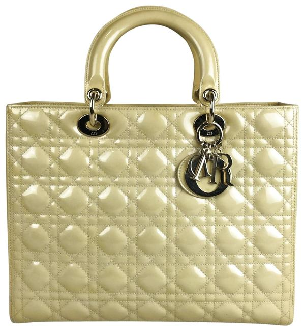 Item - Lady Quilted Cannage #27709 Yellow Patent Leather Tote