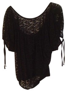 2Cute Lace Top Black
