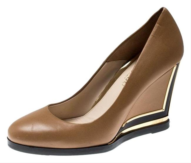 Item - Brown Leather Wedge Pumps Size US 7.5 Regular (M, B)