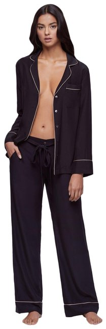Item - Black with White Tipping Silk Pj Set Black/Nude Button-down Top Size 2 (XS)