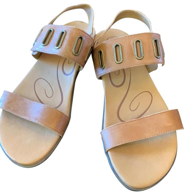Item - Tan Es202w Sandals Size US 8.5 Regular (M, B)