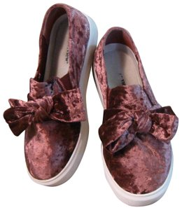 Comfortview Velvet Sneakers With Bow Dusty Purple Flats