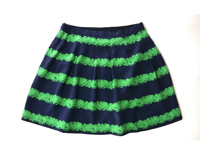 "Item - Navy & Green Silk ""Beanstalk Pleated Mini Skirt Size 4 (S, 27)"