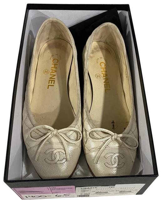 Item - Cream White Champagne Quilted Cap Toe Flats Size US 6.5 Regular (M, B)