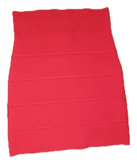 BCBGMAXAZRIA Skirt red