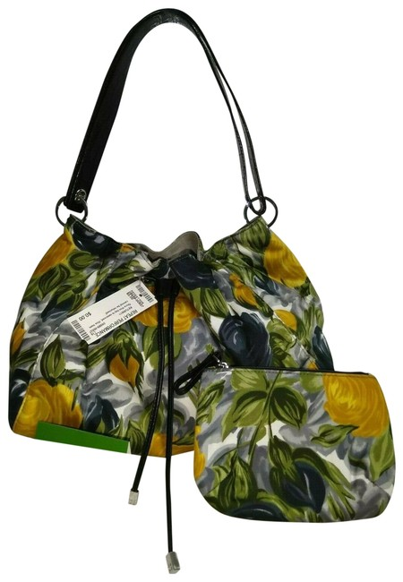 Item - W Floral Drawstring W/ Matching Wallet Multi Color Canvas Shoulder Bag
