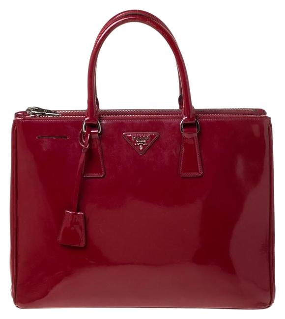 Item - Double Lux Saffiano Large Zip Red Patent Leather Tote