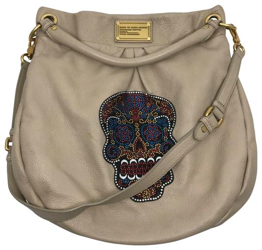 Preload https://img-static.tradesy.com/item/27057095/marc-by-marc-jacobs-skull-customized-beighe-leather-cross-body-bag-0-1-540-540.jpg