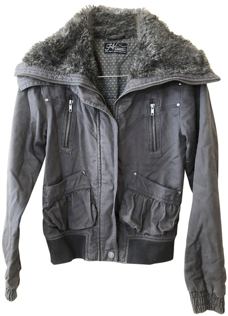 Item - Gray Cropped Bomber with Faux Fur Collar Jacket Size 8 (M)