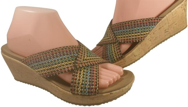 Item - Red Yellow Blue Multi-color Woman's Luxe Foam Fabric Casual Walking 8m Sandals Size US 8 Regular (M, B)