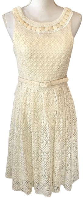 Item - Cream Violet Short Night Out Dress Size 6 (S)