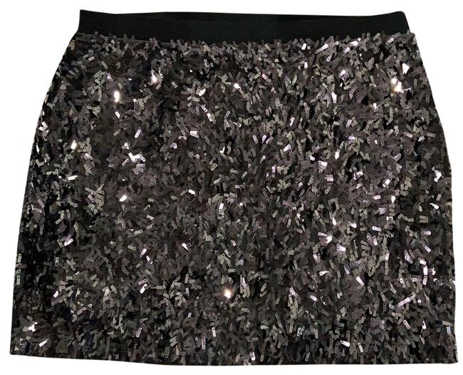 Item - Silver Sparkle Stretch Sequin Skirt Size 2 (XS, 26)