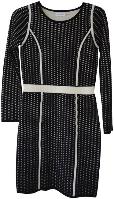 Item - Black and White Sweater Mid-length Work/Office Dress Size 6 (S)