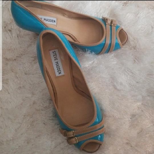 Steve Madden aqua blue Pumps