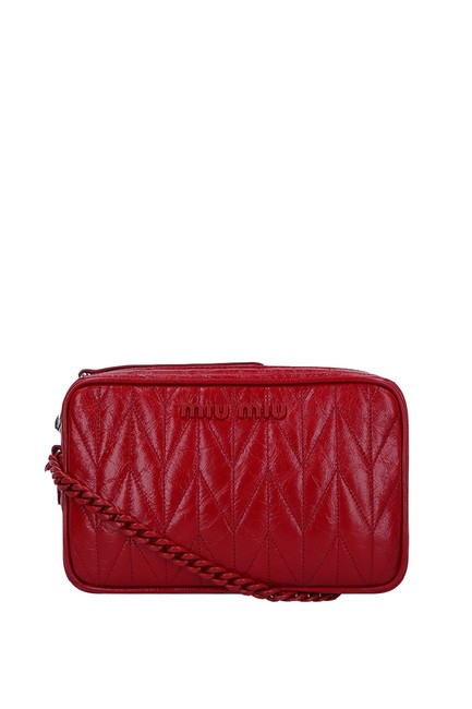Item - Quilted Shiny Bandoleer Red Leather Cross Body Bag