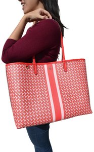 Tory Burch Tilt T Zag Large Tote in Red