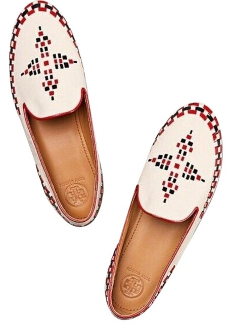Item - White Flats Size US 5 Regular (M, B)