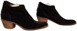Dolce Vita Suede Spring Casual Classic Black Boots