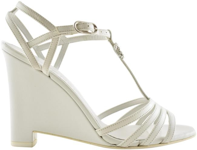 Item - White 19s Goatskin Leather Cc Logo Silver Chain Sandal Heel Pump Wedges Size EU 37 (Approx. US 7) Regular (M, B)