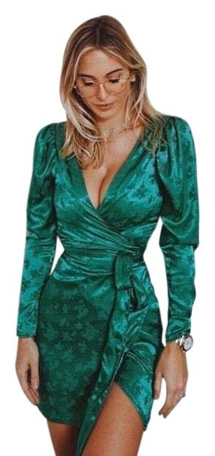 Item - Green Wrap Front Satin Effect Short Night Out Dress Size 12 (L)