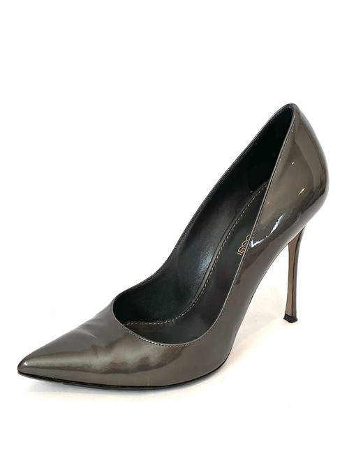 Item - Gunmetal Gray Patent Leather Pointed Pumps Size EU 38.5 (Approx. US 8.5) Regular (M, B)