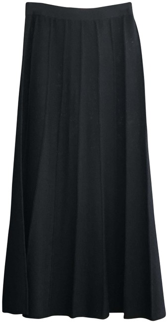 Item - Vibrant Black Collection Classic Knit A-line Long #fa 02/Grp 6 Skirt Size 2 (XS, 26)