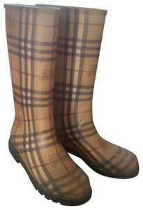 Burberry beige, red and black Boots