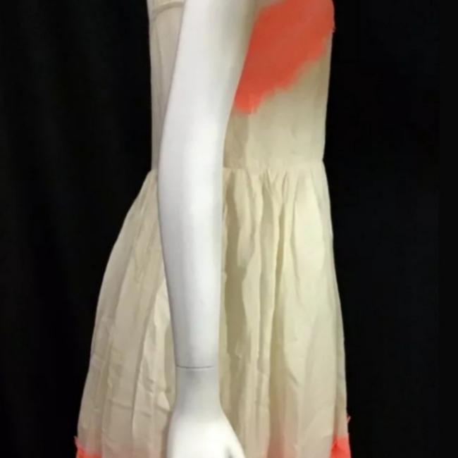 Item - Cream with Alabaster Georgia Mid-length Short Casual Dress Size 6 (S)
