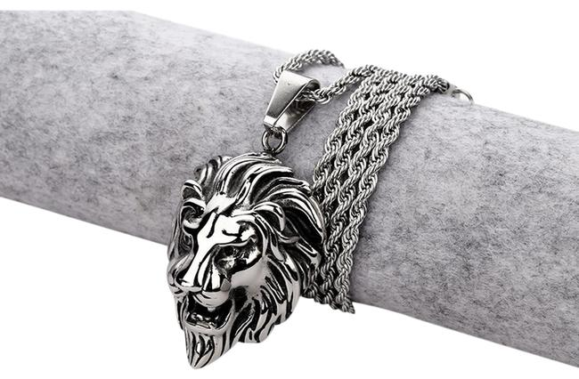 Rasta Lion Pendant with Chain Necklace Rasta Lion Pendant with Chain Necklace Image 1