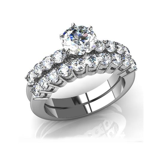 Preload https://img-static.tradesy.com/item/27081834/white-245-ct-round-and-matching-band-engagement-ring-0-0-540-540.jpg